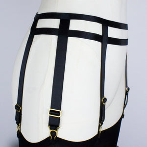 Oni Suspender Belt