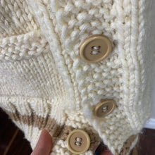 Load image into Gallery viewer, Vintage Chunky Hand-knit Cream Cardigan Sweater