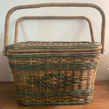 Load image into Gallery viewer, Vintage Wicker Picnic Basket