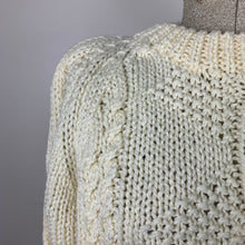 Load image into Gallery viewer, Pretty Cream Hand-knit Sweater