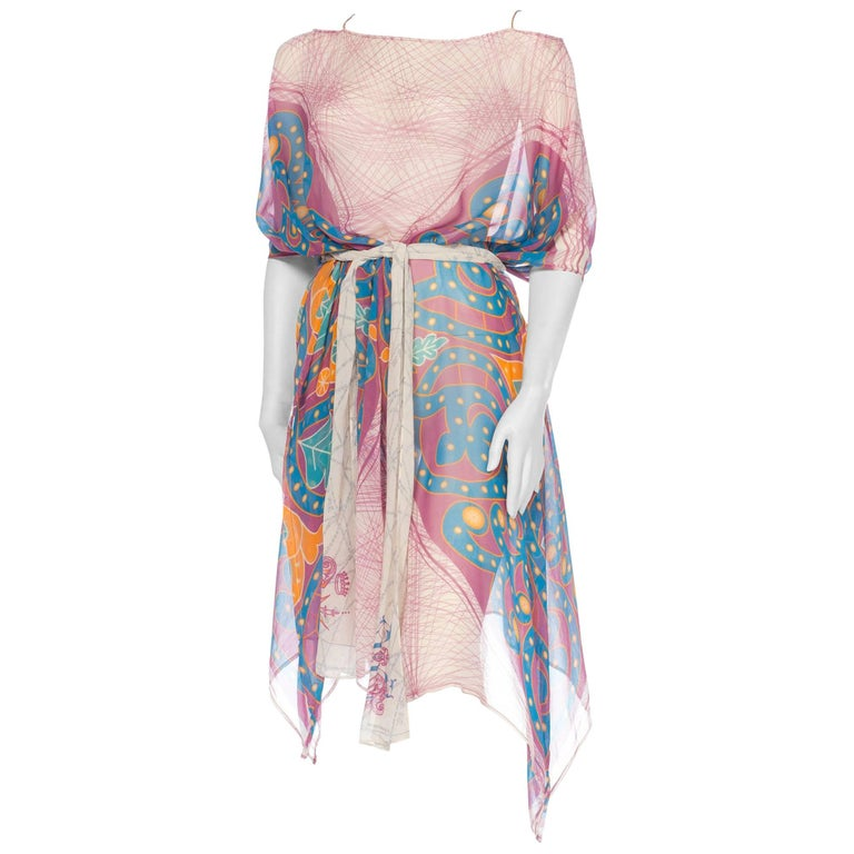 Morphew Collection Pink  & Orange Silk Chiffon Butterfly Print Kaftan With Scarf Belt | Hamptons | 24hrs- Free Return policy | US Free Shipping | Pre-owned Clothing | Sustainable fashion | Women Vintage Clothing | Vintage Clothing Store | Printed Kaftan
