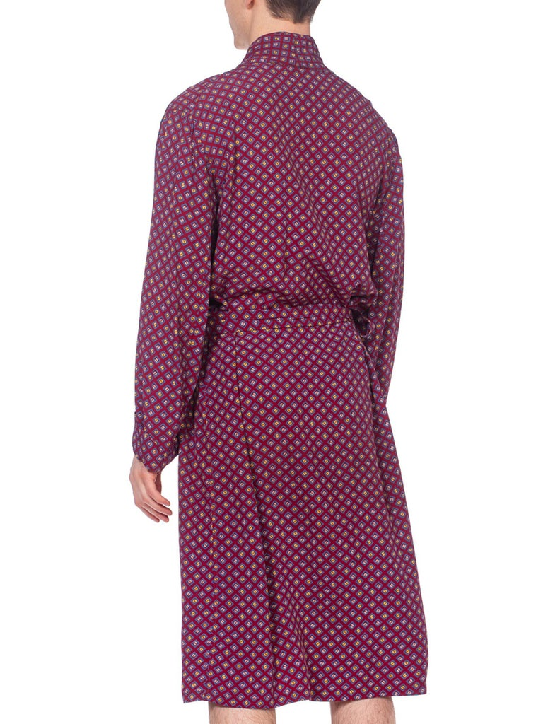 1940S Burgundy Rayon Geometric Printed Mens Robe