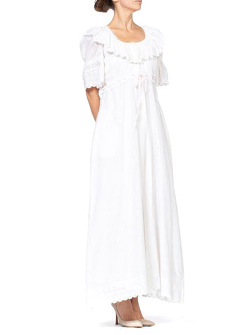 1970S White Embroidered Cotton Blend Eyelet Lace Negligee & Duster Robe Set