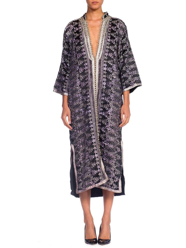 1970's Silver Lurex Embroidered Satin Kaftan Lined In Cotton
