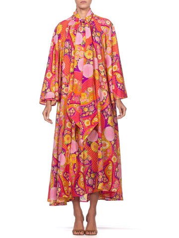 1960's 1970's Psychedelic Floral Kaftan Duster Housecoat