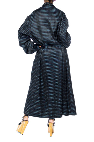 1940s Mens Robe With Diamond Jaquard