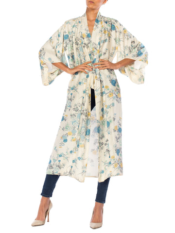 1970s Yellow and Blue Tones Floral Silk Kimono