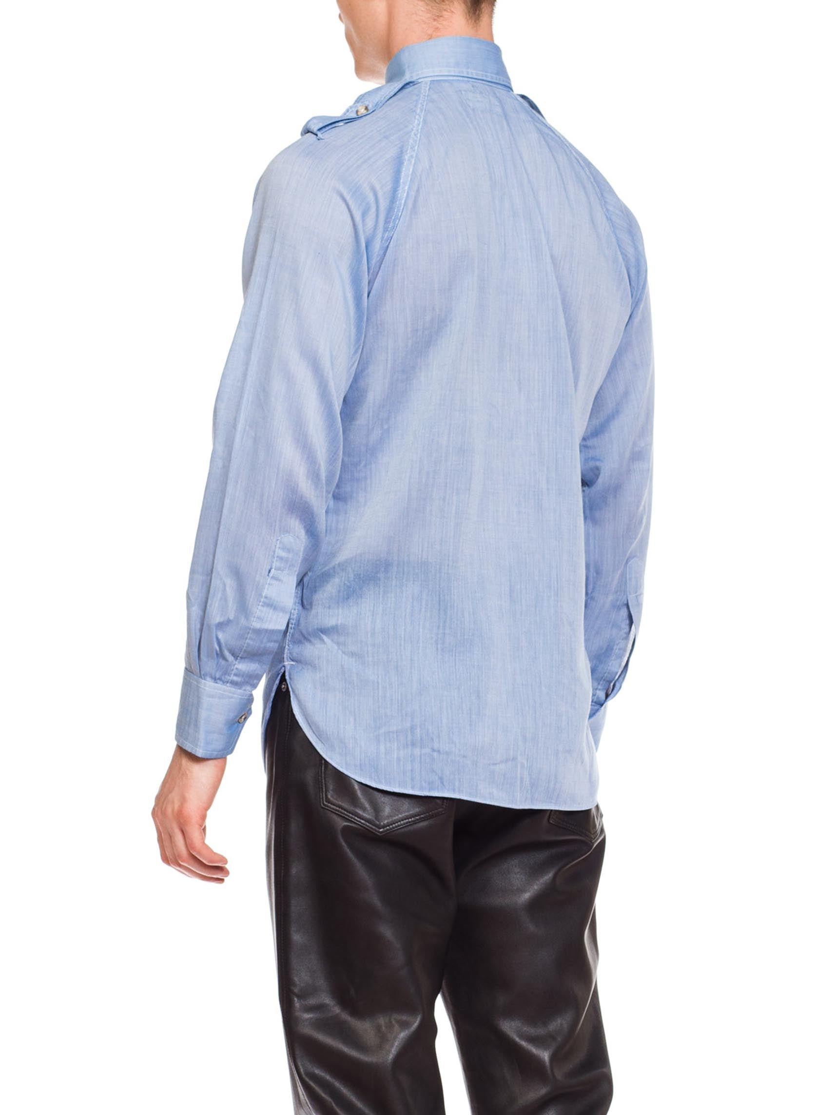 1970S Poly/Cotton Men's Featherweight Chambray Popover Shirt With Epaulets