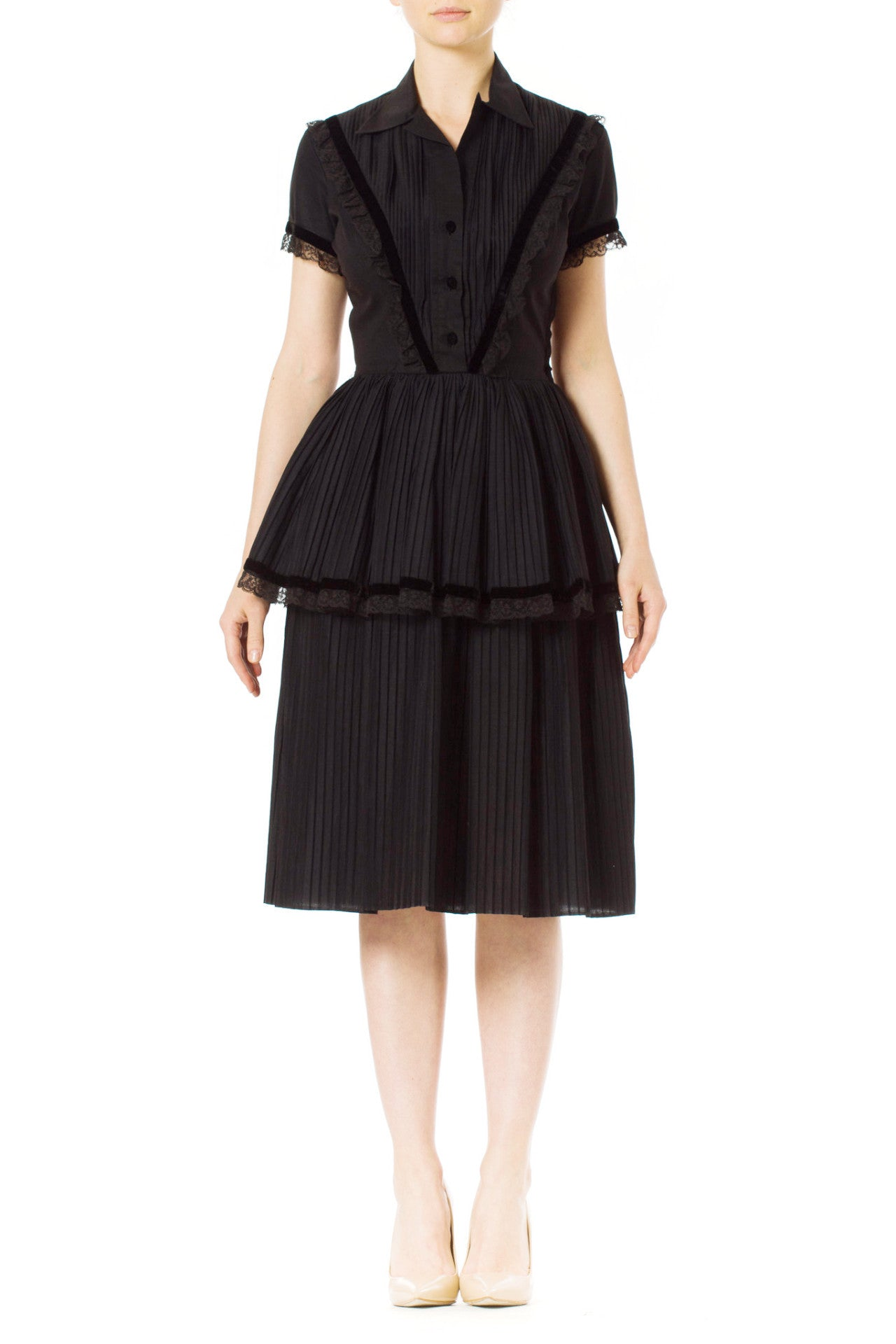 1950's Pleated Teered Skirt Cotton Day Dress