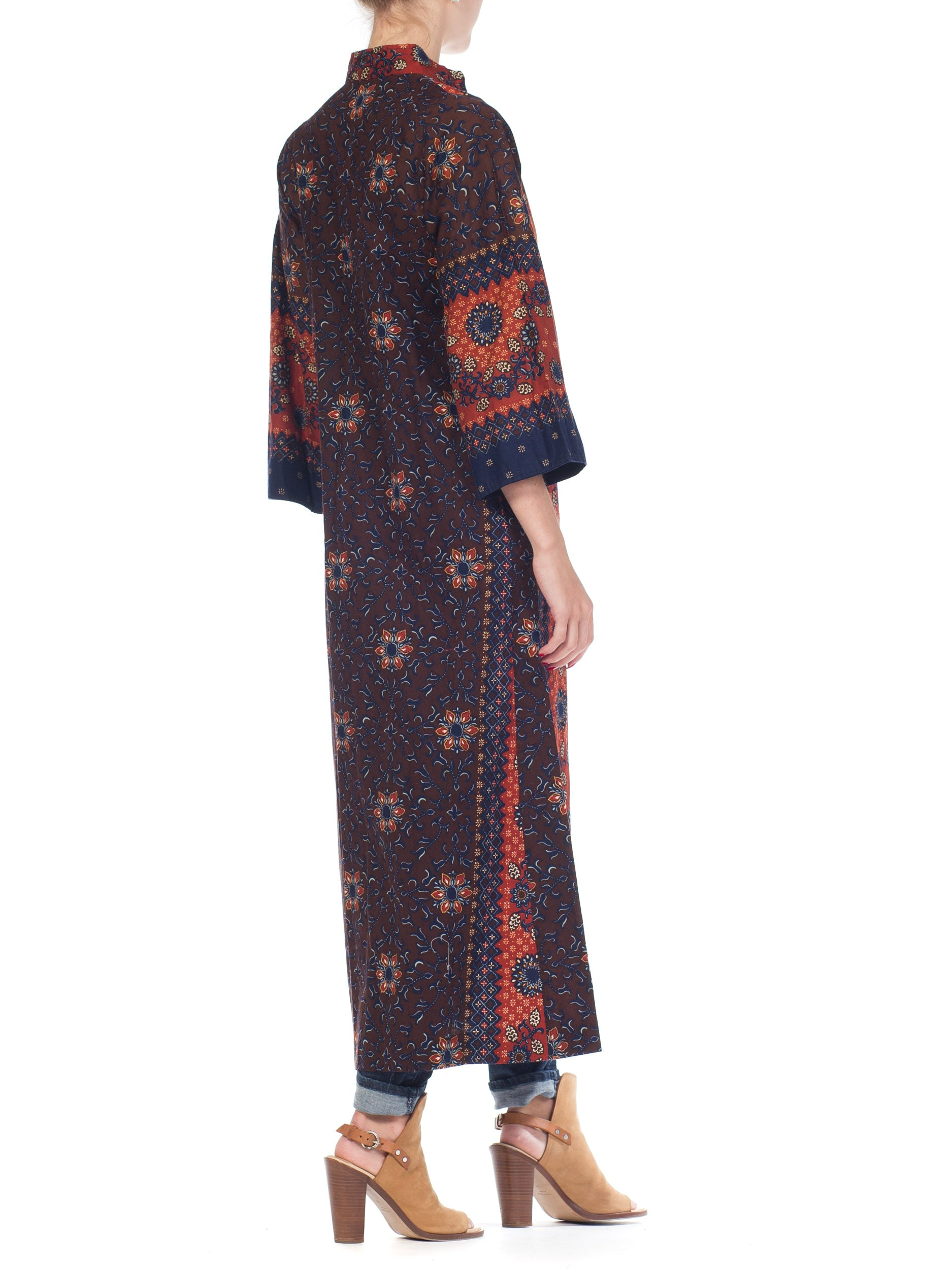 1970S I MAGNIN Brown & Blue Cotton South East Asian Batik Print Duster Kaftan