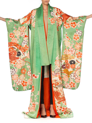 1950S Green Hand Painted Silk Light Weighted Ceremonial With Embroidery Kimono