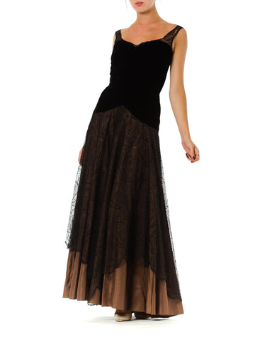 1940S Black & Copper Rayon Velvet Silk Taffeta Gown Layered In Chantilly Art Deco Rose Lace
