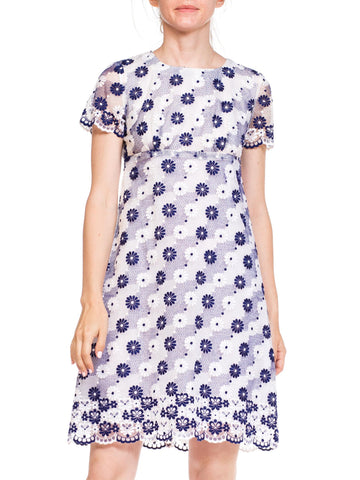 1960's Mod Daisy Floral Embroided Dress