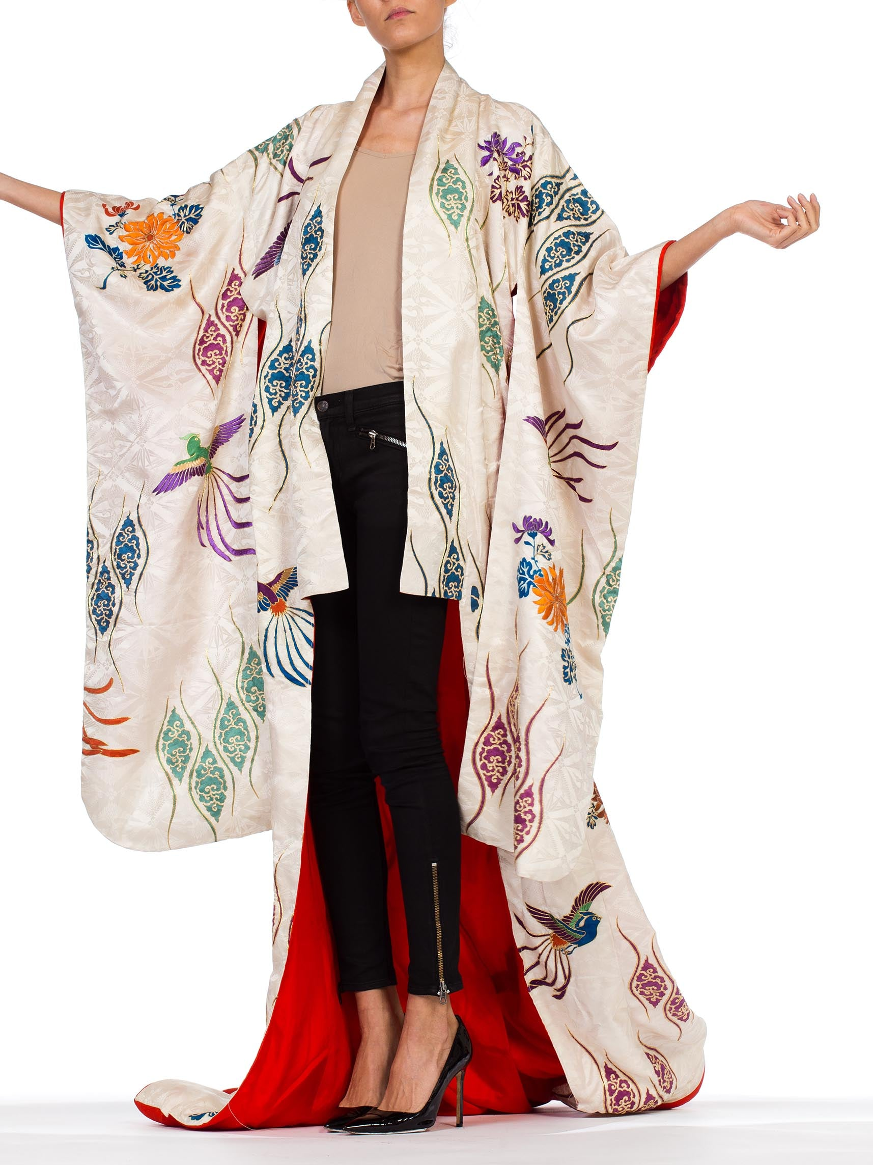 1960S Mid-Century Hand Painted & Embroidered Japanese Silk With Gold Details And Birds Kimono