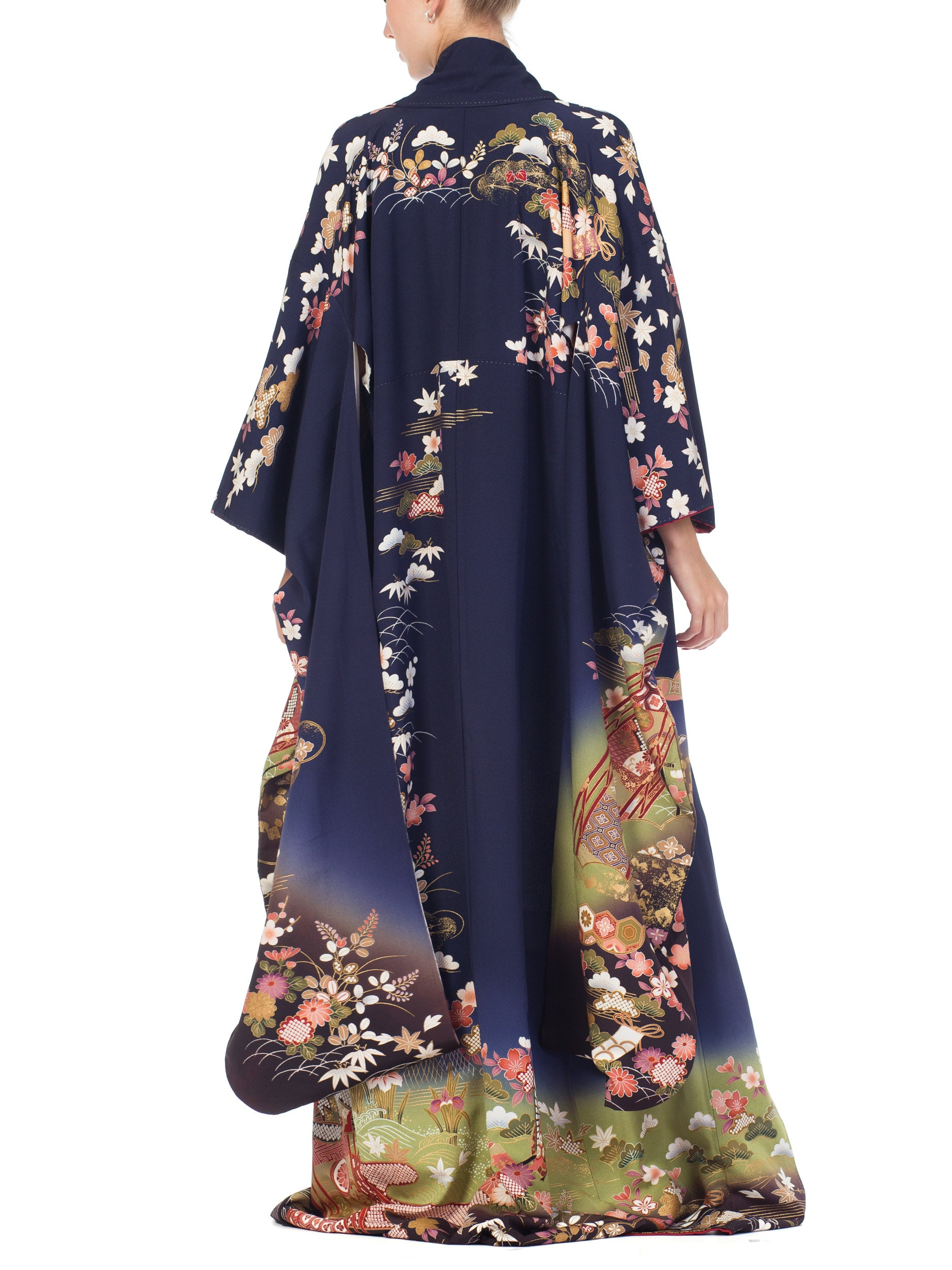 1970S Navy Blue Japanese With Gold Flowers Kimono
