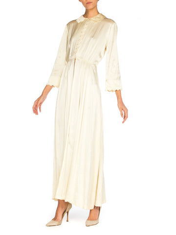 1930S Ivory Silk Crepe Back Satin  Button Up Scalloped Edge Dressing Gown Robe