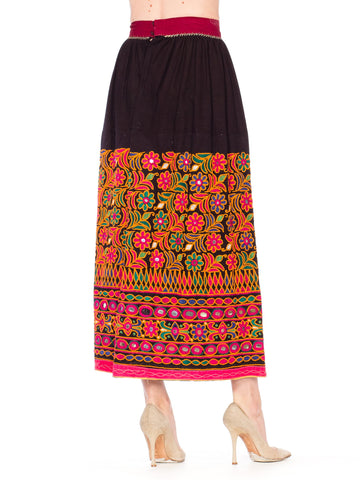1960S Black Cotton Indian  Skirt Embroidred In Orange & Pink Flowers With Mirrors
