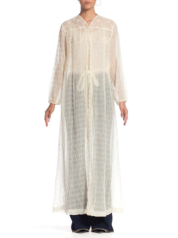 1950S White Sheer Nylon Plissé Duster Robe With Lace Trim & Belt