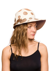 1960s Jolly White and Beige Hat