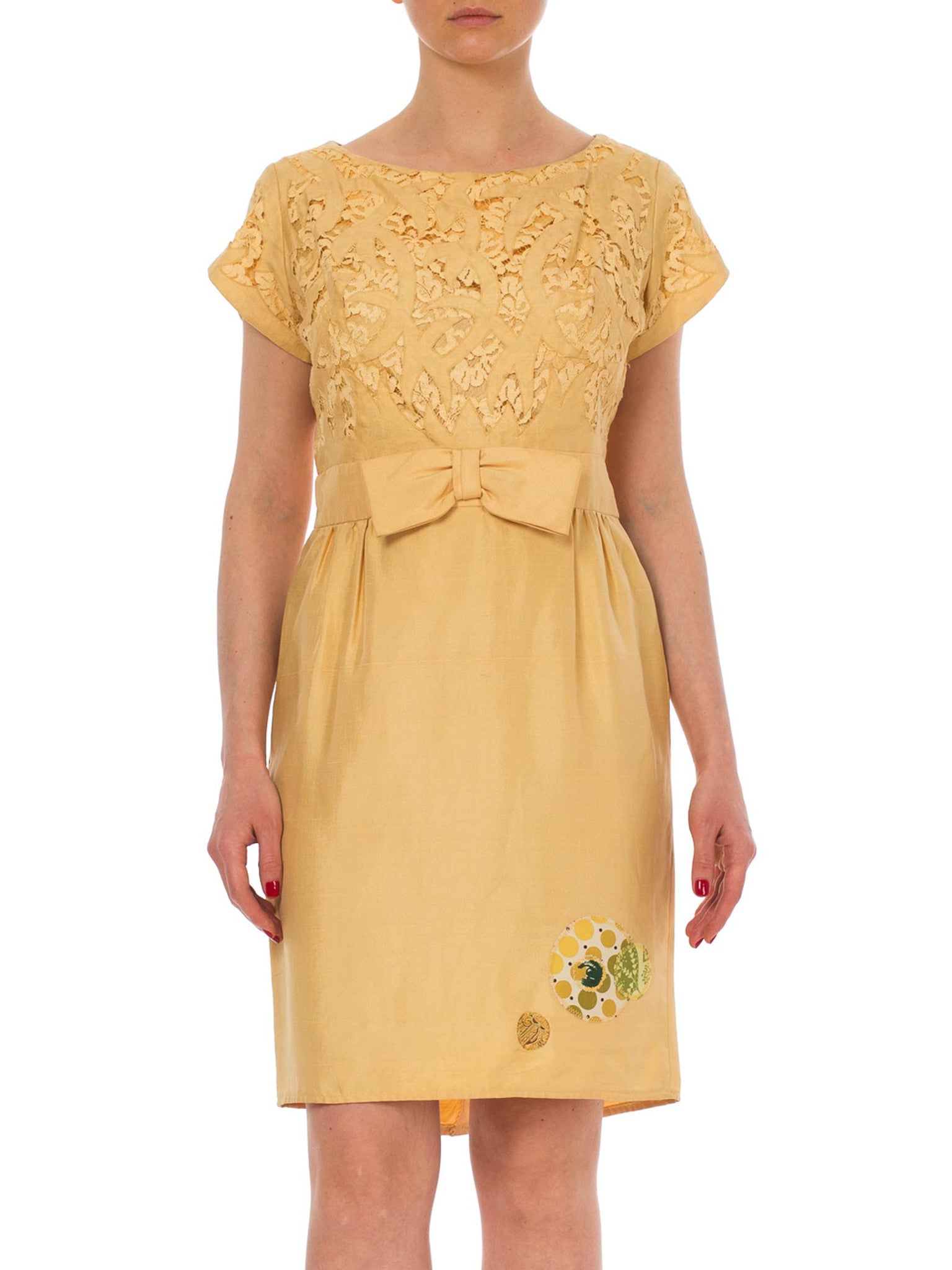 1960s Cut Out Lace Bow Waist Patch Detail Yellow Midi Dress