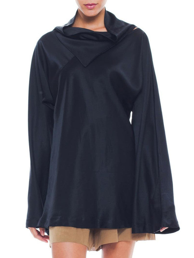 Luxurious Vintage Maison Martin Margiela Relaxed Black Silky Sweater
