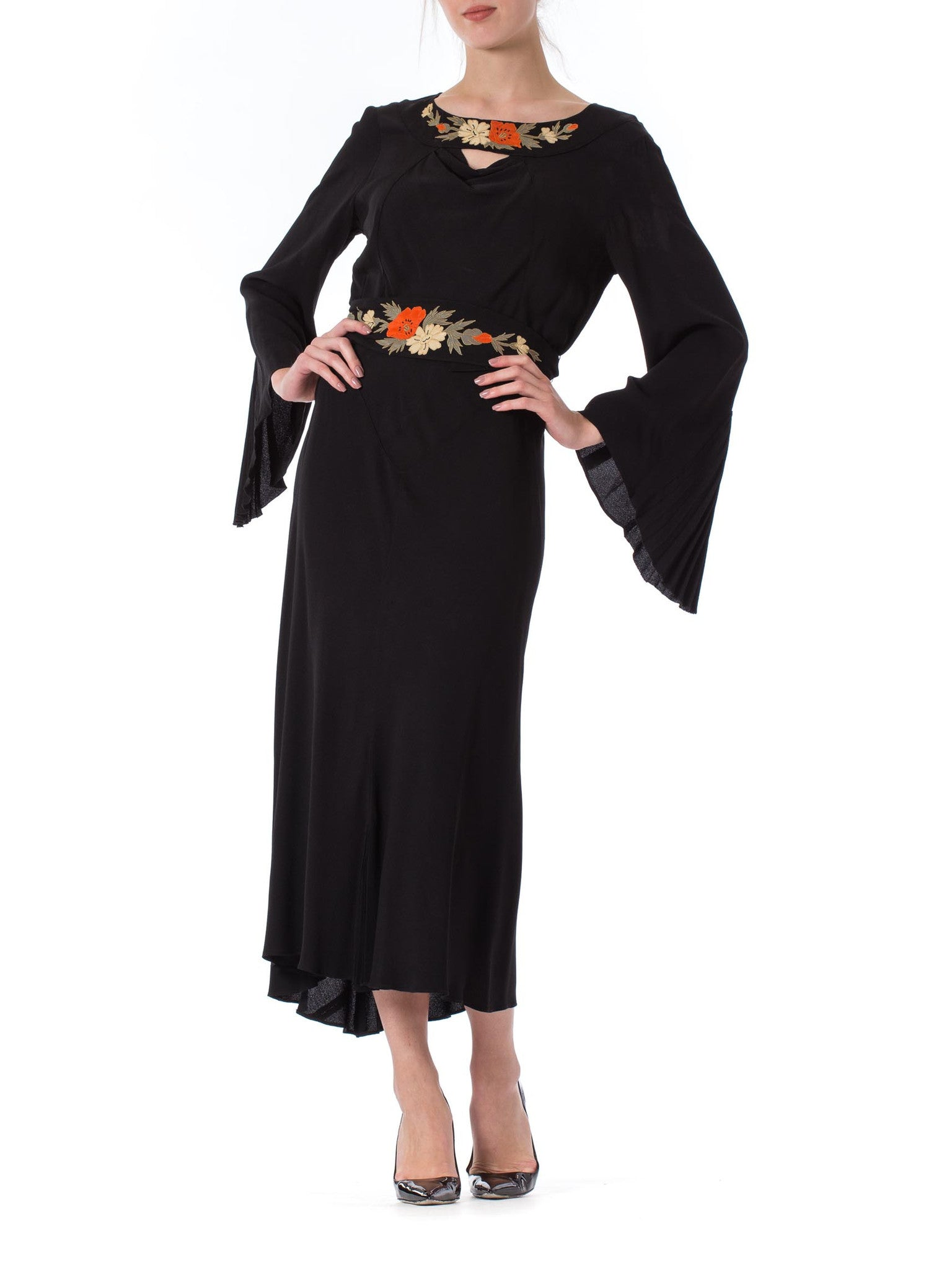 1930S Black Silk Crepe Back Satin Pleated Bell Sleeve Dress With Floral Appliqué Belt & Neckline XL