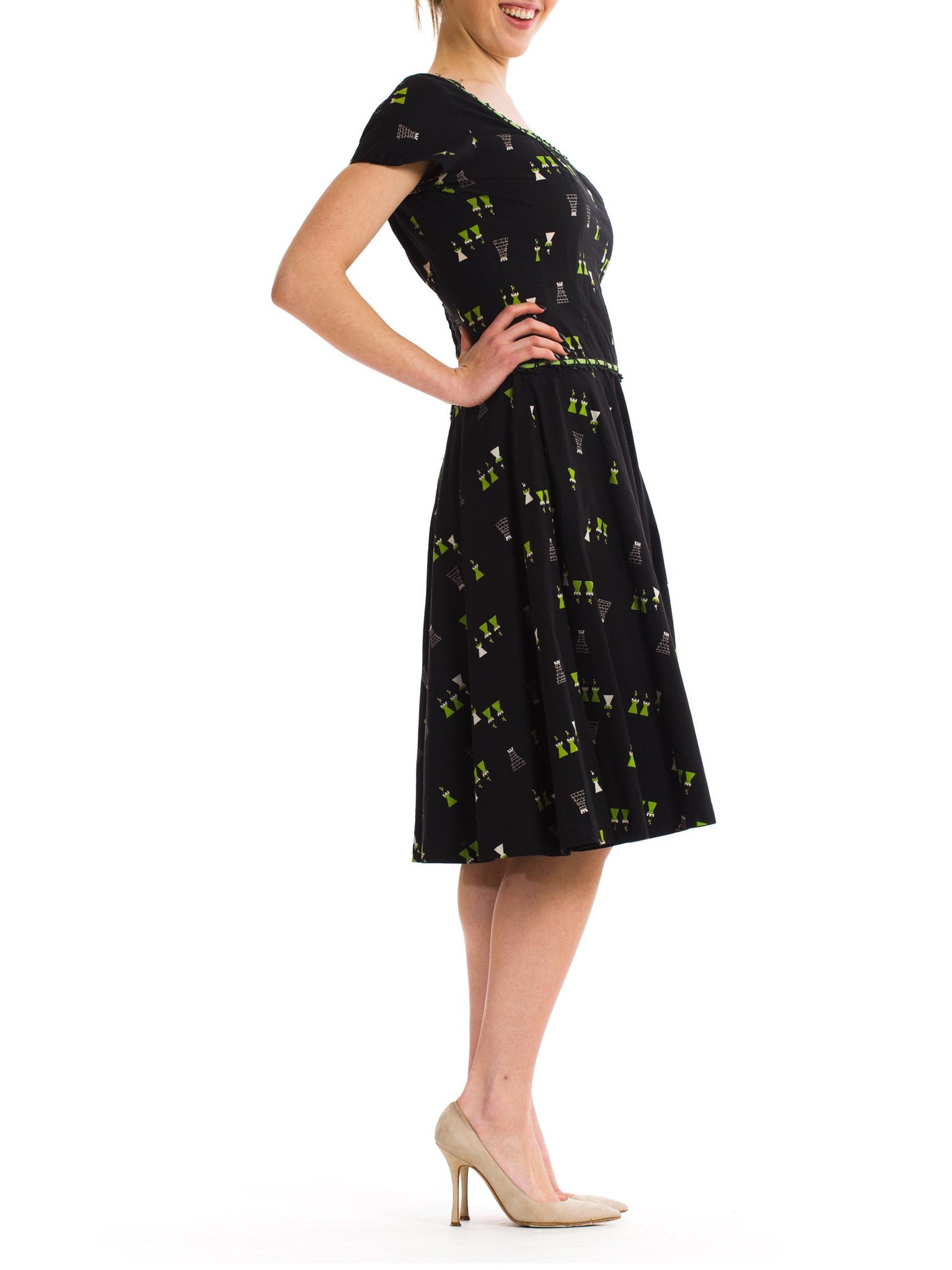 1950S Black Cotton Day Dress Printed With Cute Green Castles