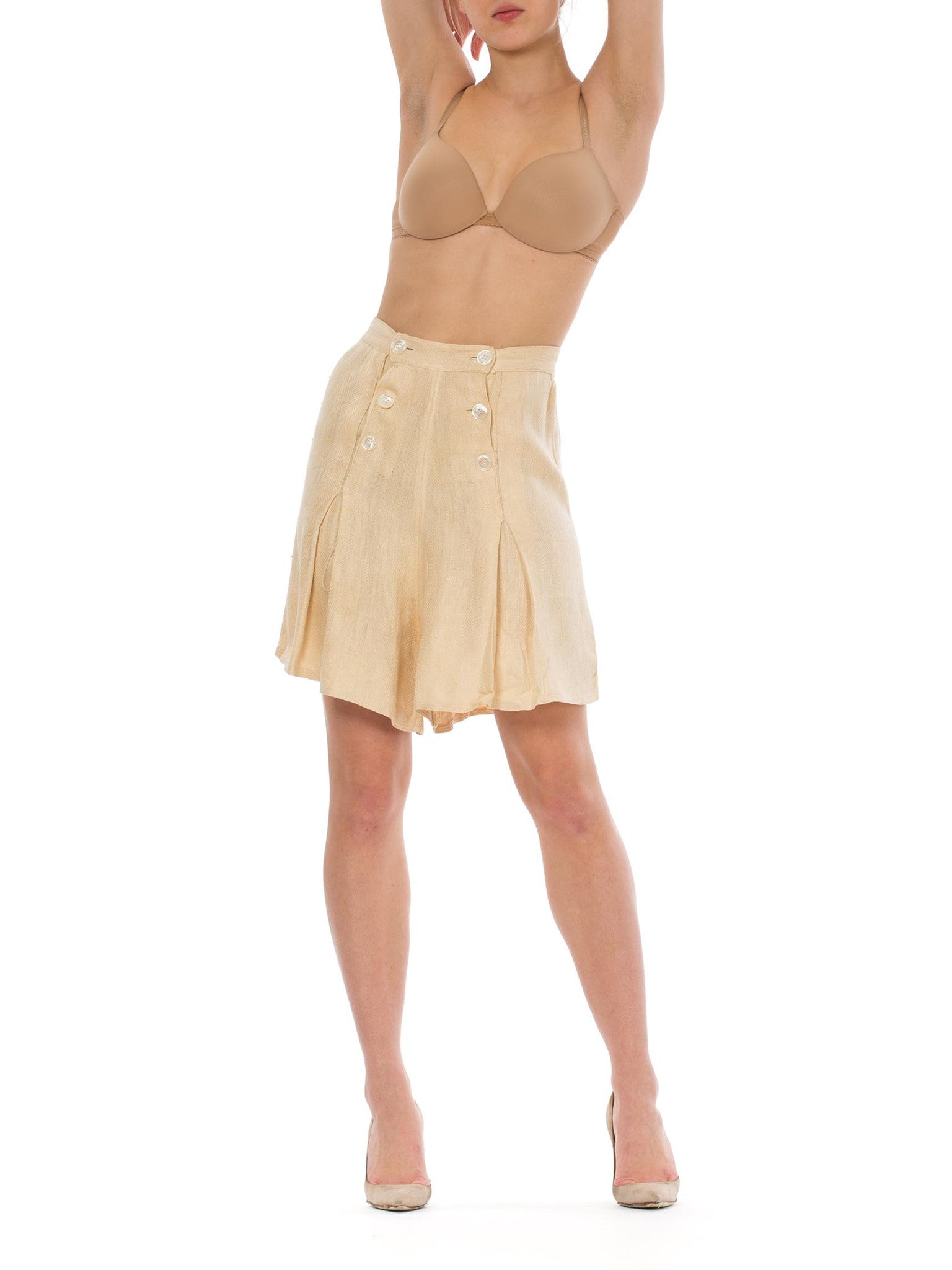 1940S Beige Silk High Waisted Culotte Shorts With Sailor Buttons