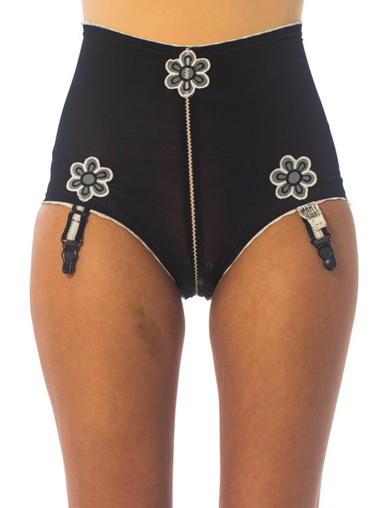 1960S Mary Quant Black Girdle With Daisies