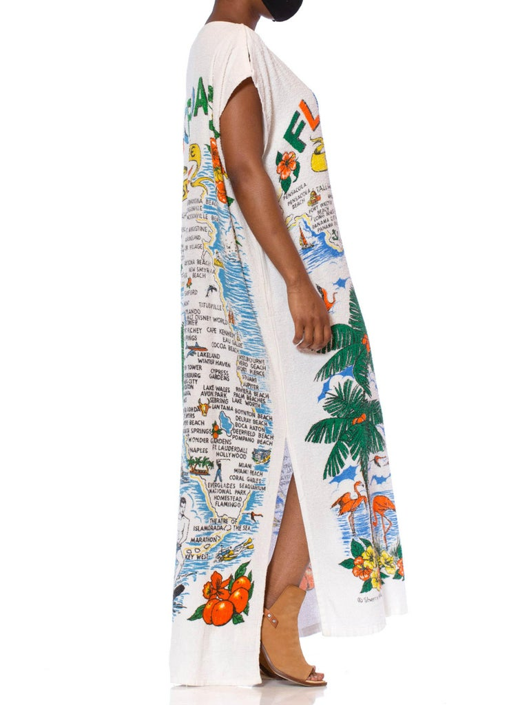 MORPHEW COLLECTION White Cotton Terry Cloth Vintage 1960S Florida Tourist Beach Towel Kaftan Dress With Pockets