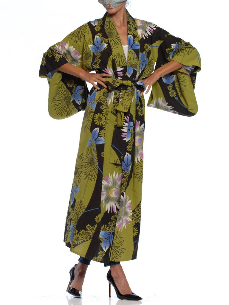 1950S Arsenic Green & Black Cotton Kimono With Purple Blue Flowers
