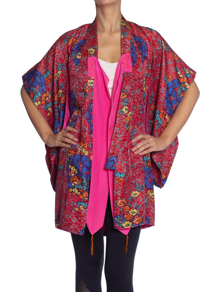 1970S Red & Blue Silk Floral Kimono Lined In Hot Pink