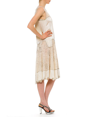 1920S  Cream Beaded Silk & Chantilly Lace Drop Waist Flapper Bridal Cocktail Dress With A Scalloped Hemline