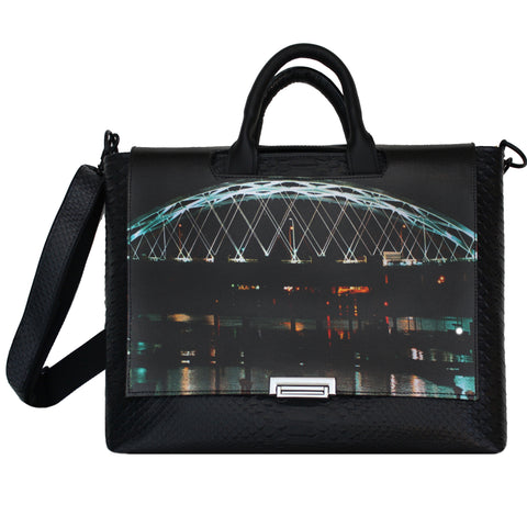 I-Way Bridge Messenger Bag