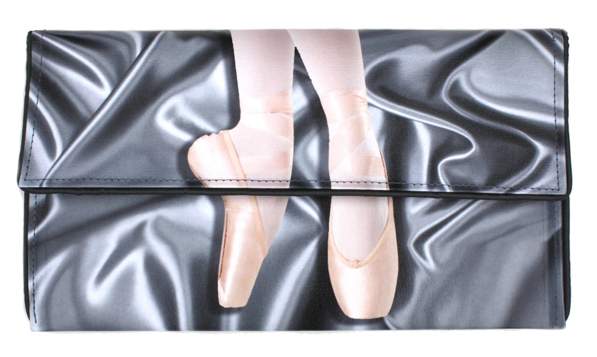 On Pointe Clutch