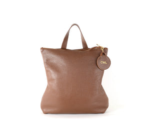 Load image into Gallery viewer, chestnut leather hill backpack
