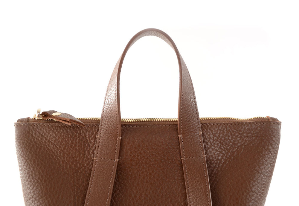 Load image into Gallery viewer, Hill Backpack- Chestnut