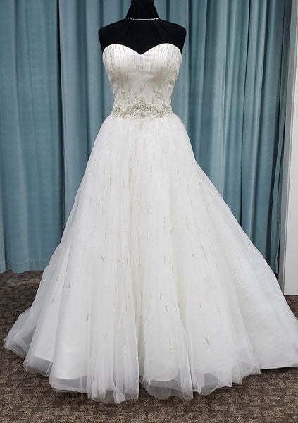 Casablanca Bridal Sweet Pea 2245