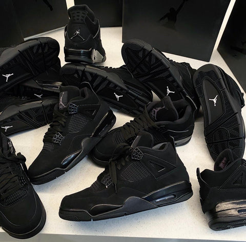 nike−air−jordan−4−black−cat