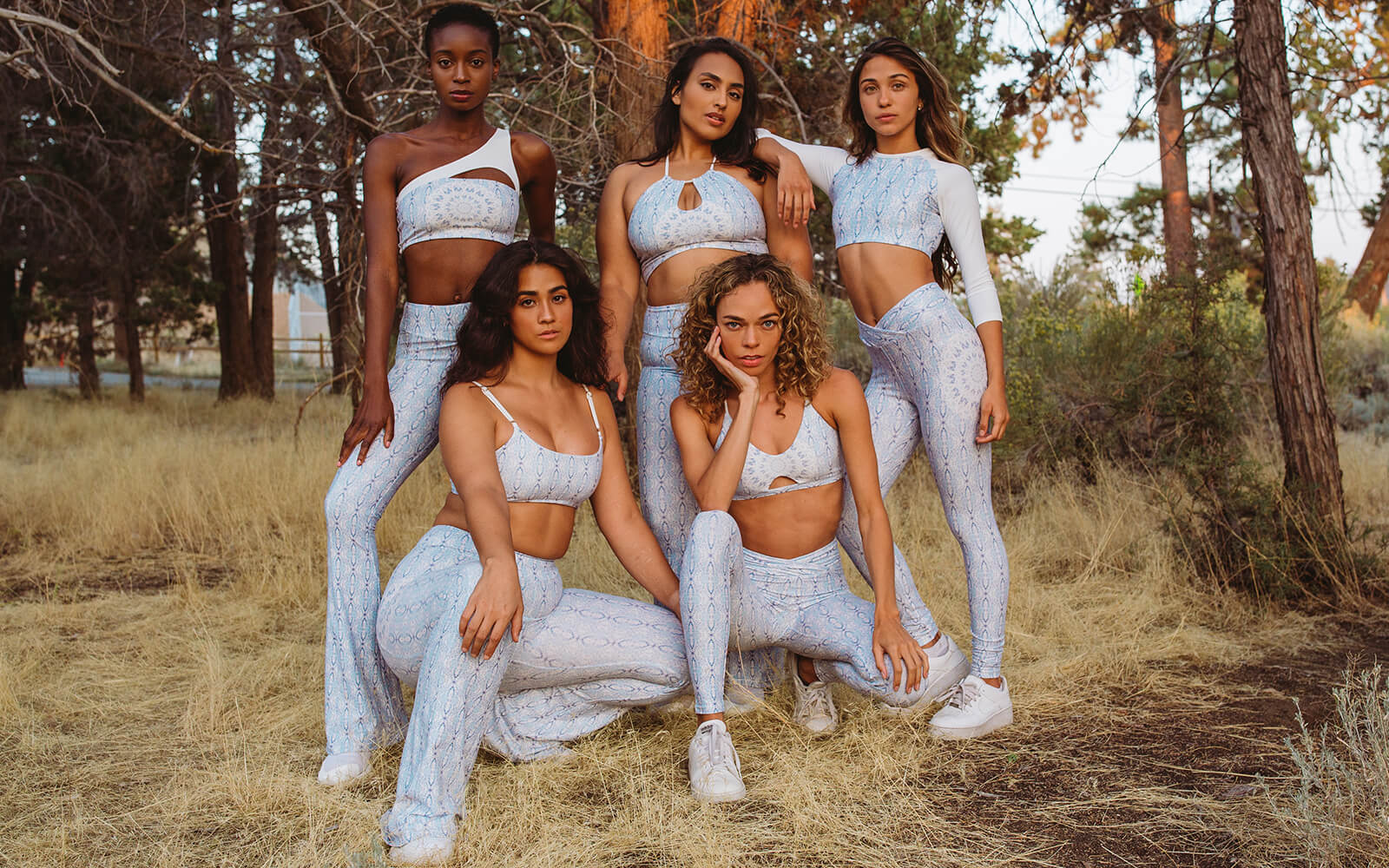 Wolven Sustainable Activewear Yoga Loungewear Aquarius Style Guide