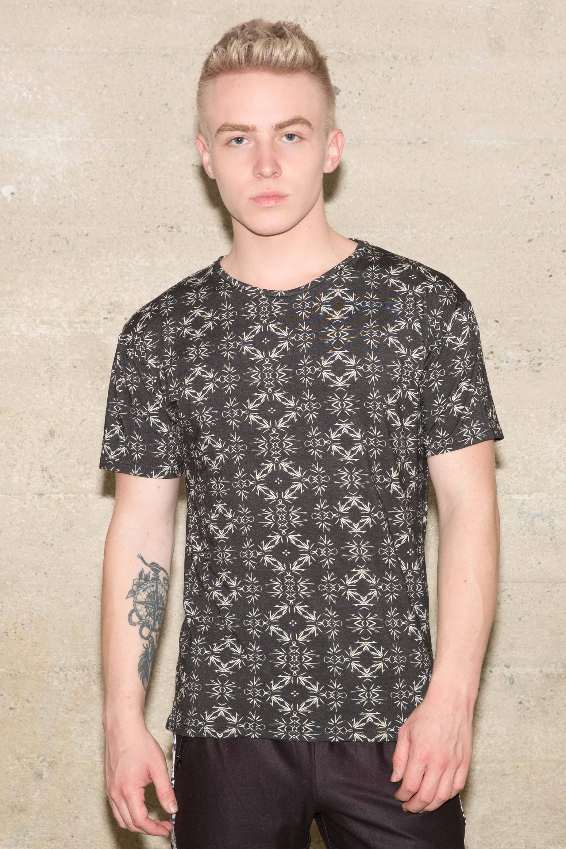 Men's Liquid Onyx Crew Neck Tee