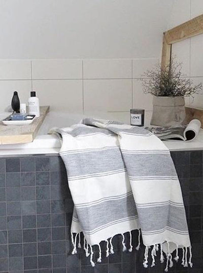 TAMA TOWELS // CLOUD PESHTEMAL  | OBJETS / OBJECTS at LOWELL MTL