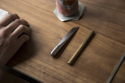 DESK KNIFE