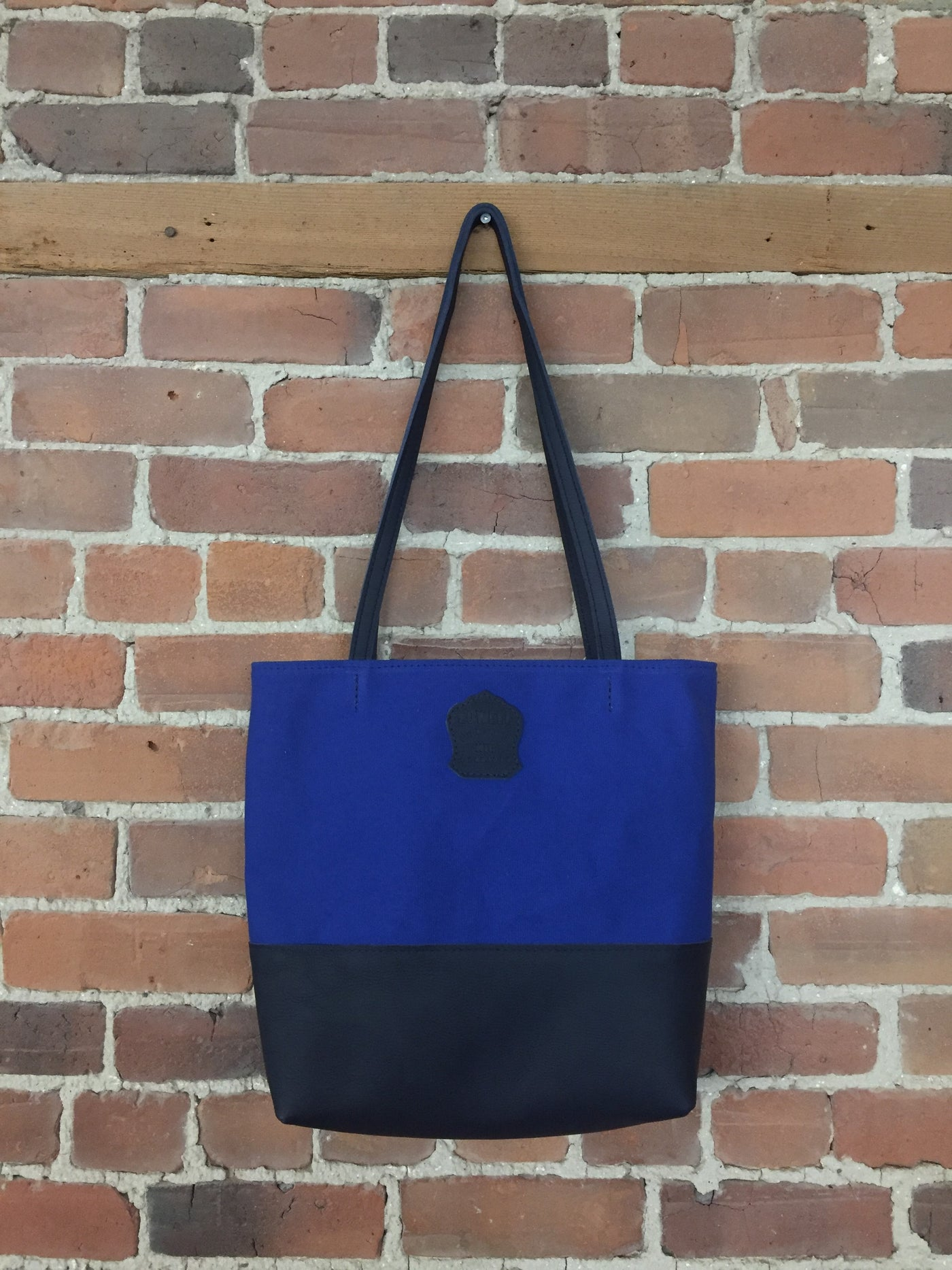 Leather Bags Mens Womens Made In Montreal Canada