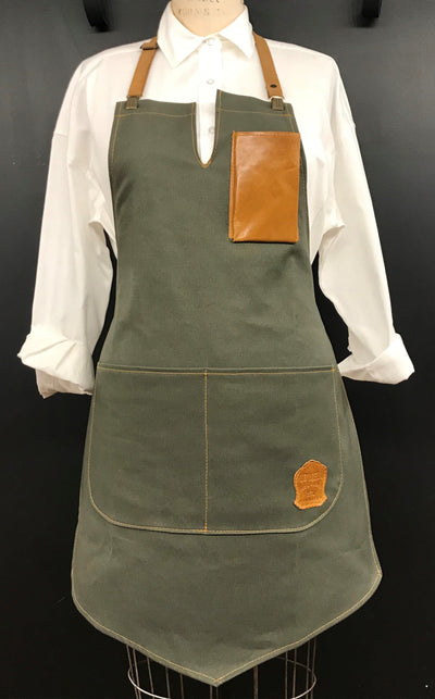 WMNS ANGELA APRON LIMITED EDITION
