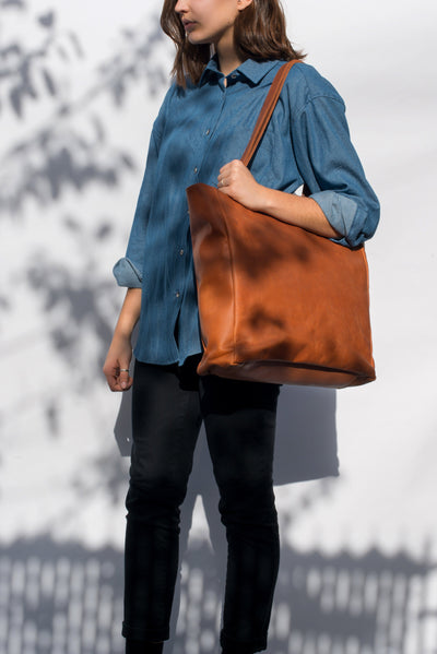 LOWELL // MAISONNEUVE NAPPA LEATHER  | BAGS at LOWELL MTL