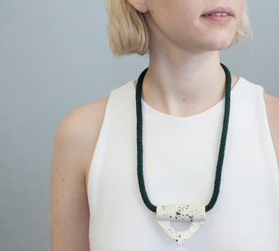 YYY COLLECTION // SPECKLED TRIANGLE NECKLACE  | COLLIERS / NECKLACES at LOWELL MTL