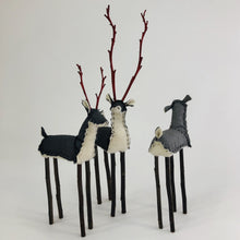 Load image into Gallery viewer, Deer Figure
