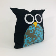 Load image into Gallery viewer, Owl Pillow Square