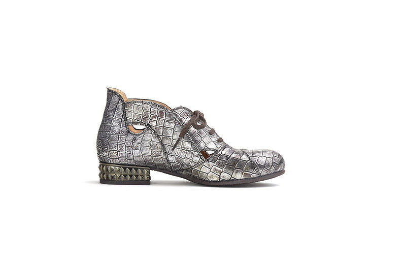 LISA TUCCI (SAMPLE); style: ORDONA. Silver summer boot for various occasions